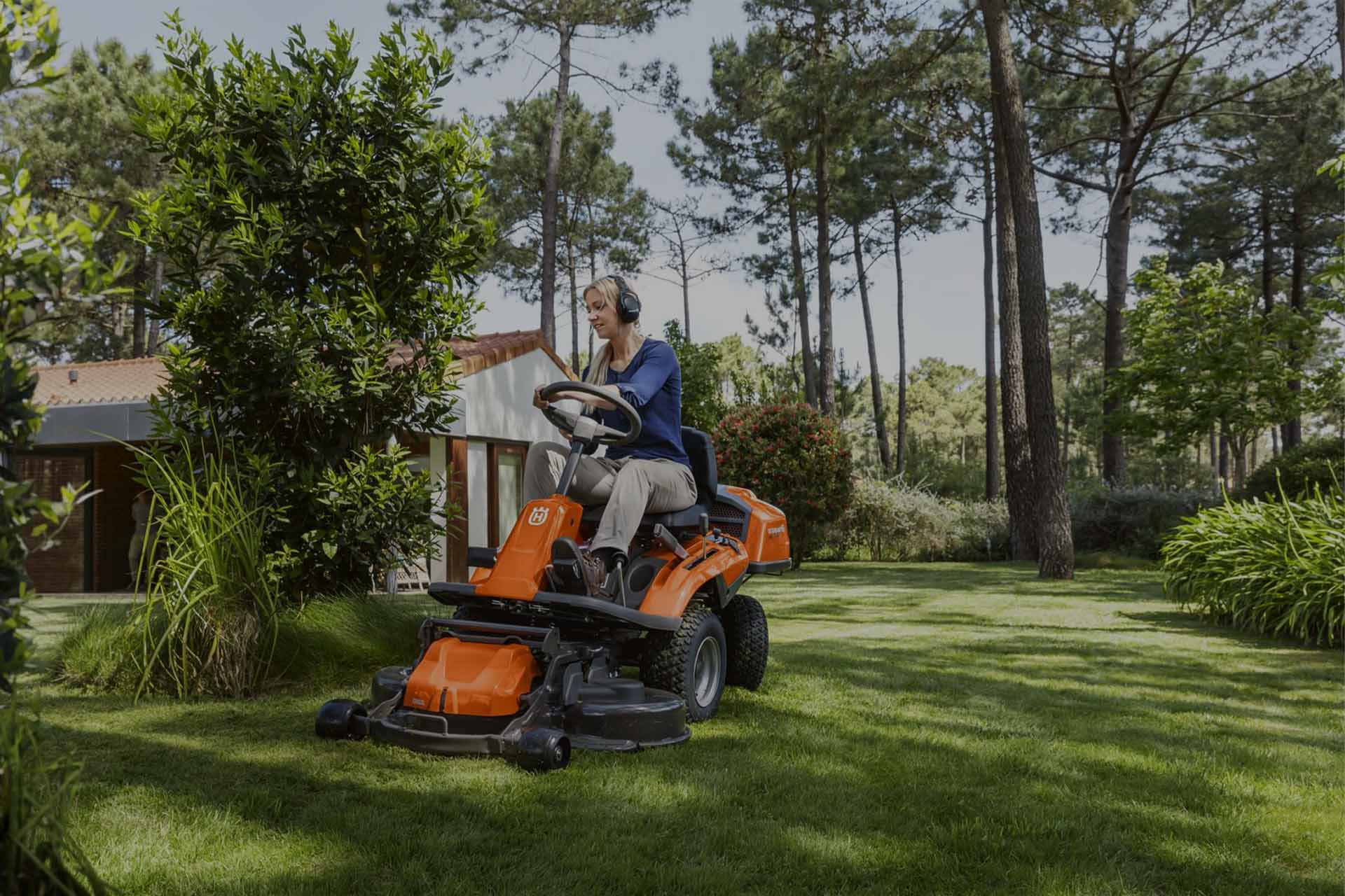 tondeuses-tracteurs-riders-robots-tondeuses-motoculteurs